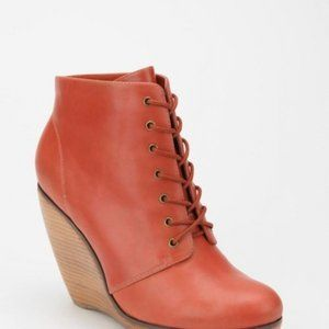 3 FOR $15 Urban Outfitters Wedge Heels